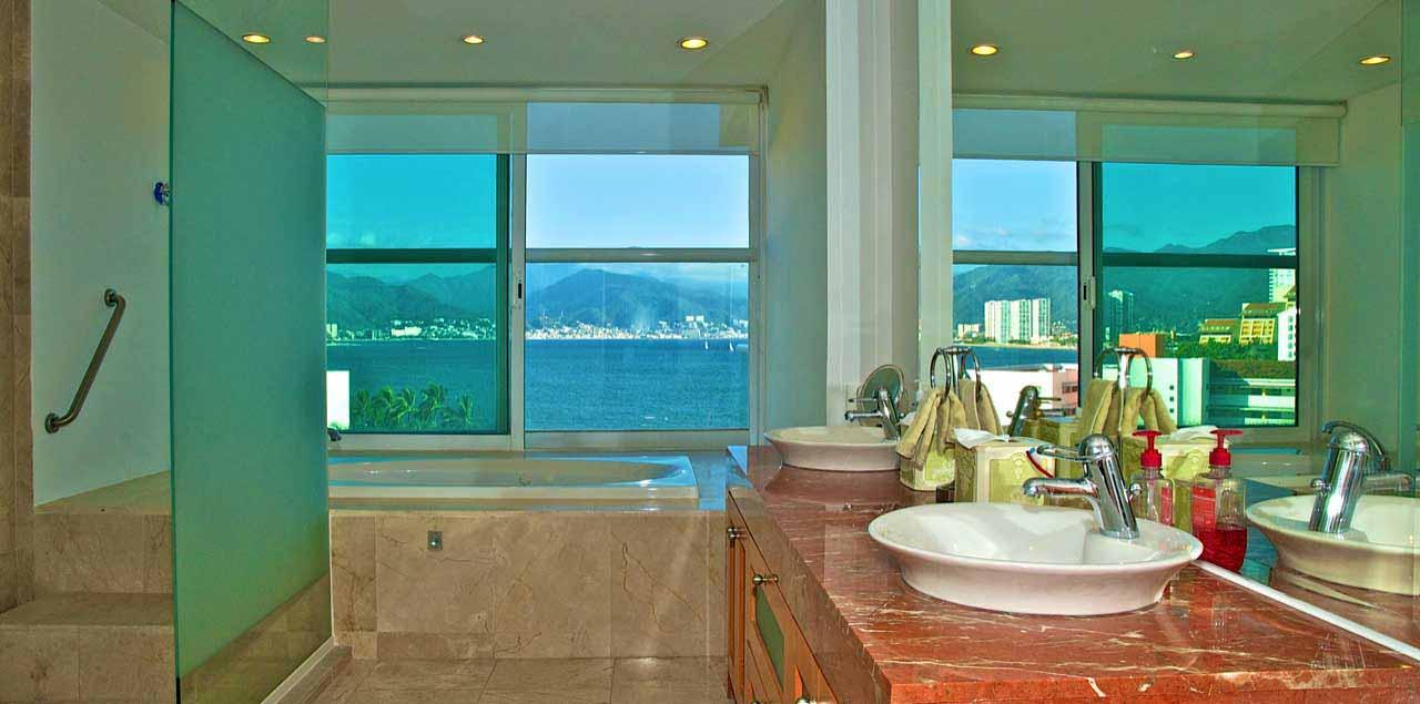 Real Estate Luxury Condos for Sale Puerto Vallarta - Real Estate Puerto Vallarta