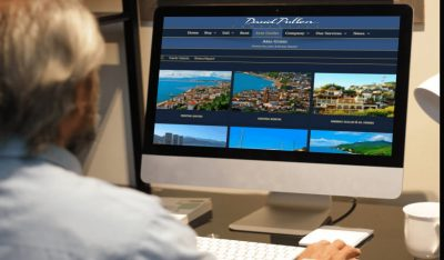 Senior reviewing website for place to retire in mexico